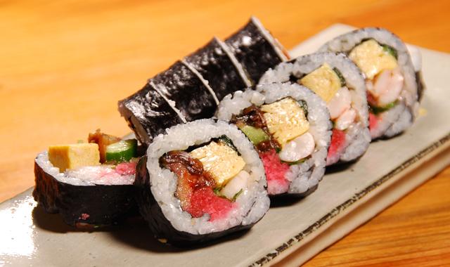 お花見用巻寿司